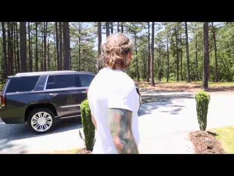Jeff Hardy Arrives at Matt Hardy's House