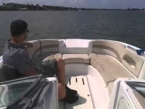2001 chris craft 262 sport deck - YouTube