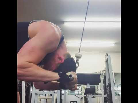 Cable Crunch Form - YouTube