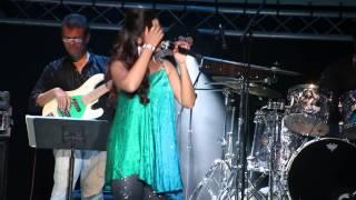 Gambar cover Zoobi Doobi -  Shreya Ghoshal - Leicester Concert 2015
