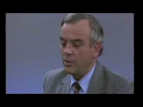 Australia Post's General Manager Marketing in 1984 - Busines