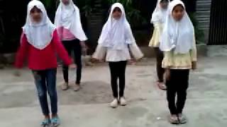 PARODI DANCE SUPERGIRLIES - AW AW AW BY THE S.A.R.A.F GIRLBAND BUKIT WARINGIN BOJONG GEDE