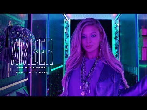 Amber Delil 'Nog iets Langer' gechoreografeerd door Shaker