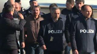 Il terrorista Cesare Battisti in Italia dopo 37 anni di latitanza