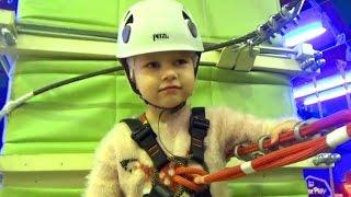 ДЕТСКАЯ трасса с препятствиями в Парке развлечений Entertainment for children