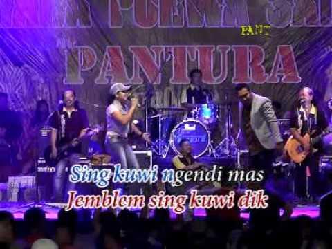 New Pantura live Dempet 2016 16 Nyidam Jemblem