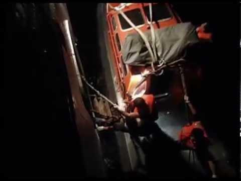 RAW VIDEO: Mexican Navy Rescues Cuban Immigrants Near Merida