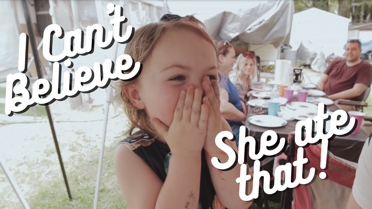 I Can't Believe She Ate That! | Scarlet Turns 2 | Vlog #176
