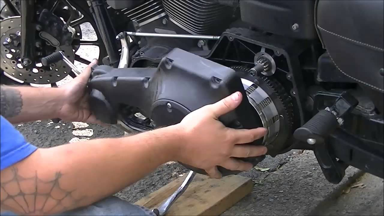 2005 harley dyna fxdx starter replacement - youtube