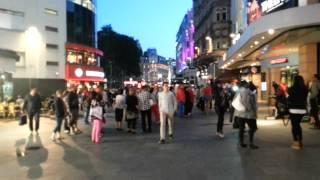 видео Как отдыхают в Сохо и Китайском квартале. Лондон HD