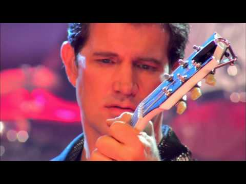 CHRIS ISAAK   Live In Concert.  p. s . RAUL MALO