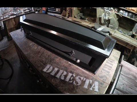 ✔ DiResta Dracula's Coffin