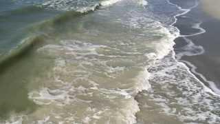 Slow Motion Ocean Waves on Shore (Indian Rocks Beach, Flori