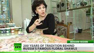 Hand-made shawls: Flowers of Russia on your shoulders
