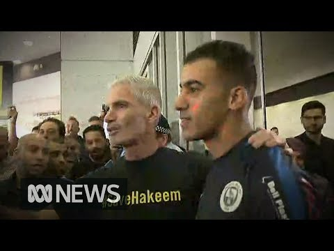 Hakeem al-Araibi returns to Australia after two months in Thai prison | ABC News Mp3