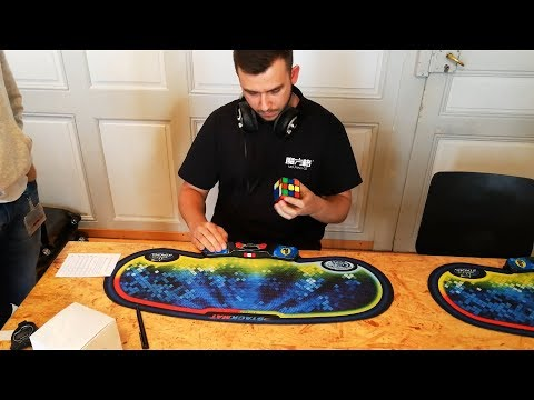 11.30 Rubiks's cube one-handed European Record average - Michal Pleskowicz