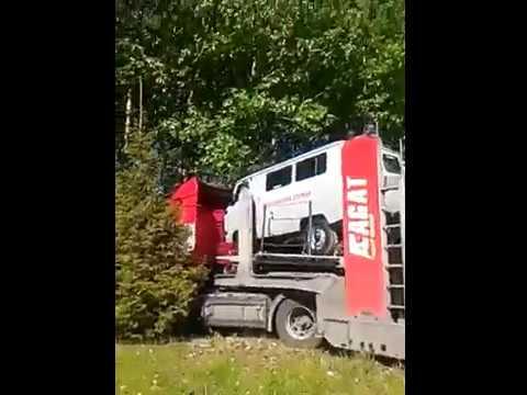 Фура автовоз на трассе Ульяновск-Цивильск сошла с трассы