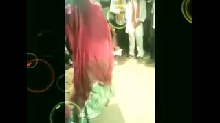 Marwadi desi girl dance in marriege on drum music