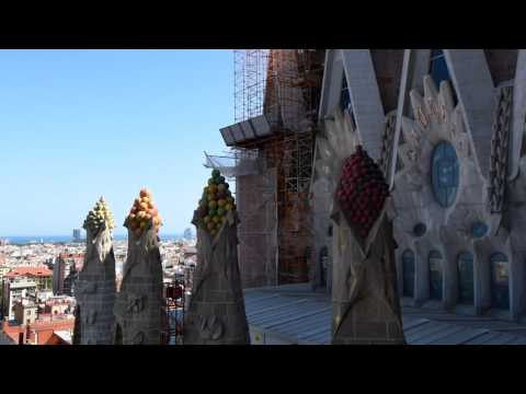 Basilica de la Sagrada Familia - quick tour including Nativity Towers