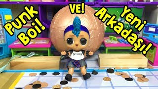 LOL Punk Boi Okulda Arkadaş Ararken Gold Ball Buldu!