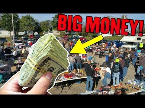 MADE BANK Selling Storage Unit Finds At The Flea Market! Flea Market Flip For Money!