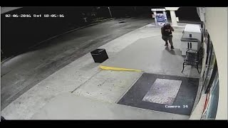 Surveillance video captures Plantation gas station robbery