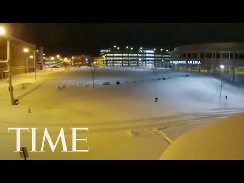 Time-Lapse Video Shows Record-Breaking Snowfall In Erie, Pennsylvania | TIME