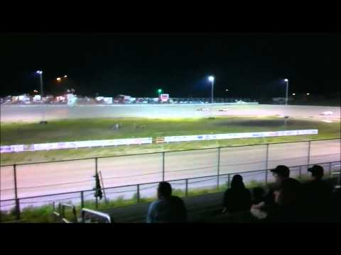Fran Martin's IMCA Modified Feature win at Southwest Speedway 7-23-11 .wmv