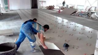 Промышленная укладка плитки 40 квадратов в час.(, 2015-09-20T08:10:05.000Z)