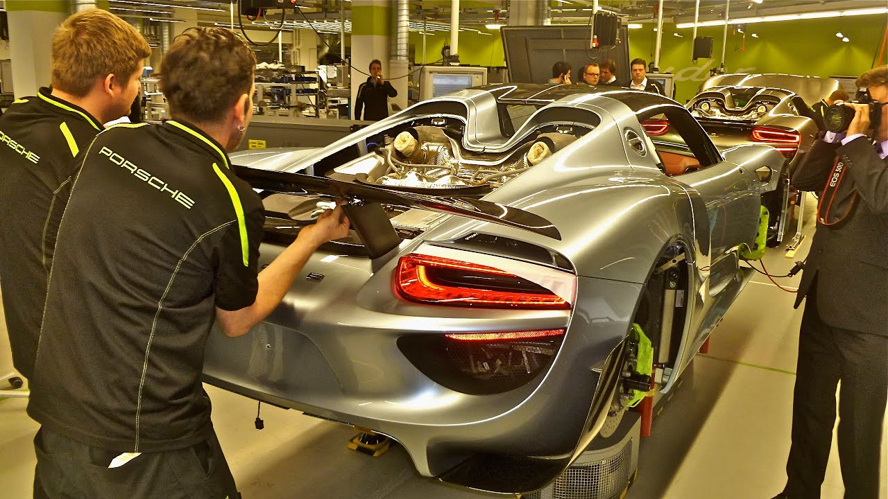 Porsche 918 Spyder Factory Tour Youtube