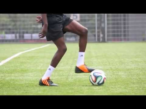 Download English vs South African Ballers *Freestyle Soccer Skills*