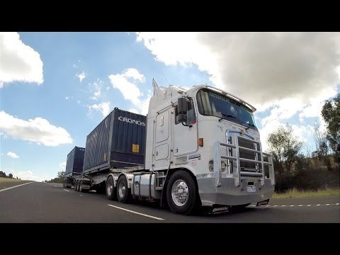 Kenworth K104 with 550 hp C15 Cat on Highway