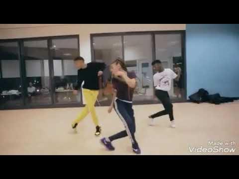4Keus Feat Sidiki Diabate - C'est Dieu Qui Donne Vidéo Remix by antwit192