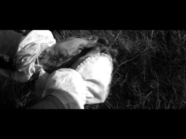 A Field in England   Deutscher Trailer