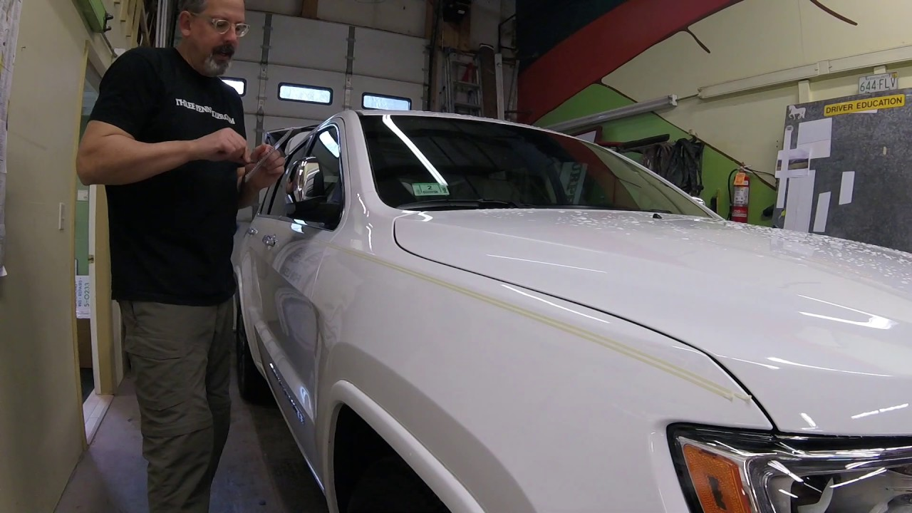 Straight Line Pinstriping On A Jeep Grand Cherokee Youtube