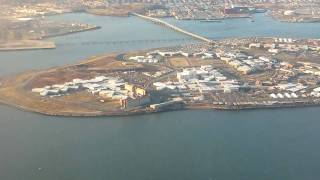 Fly over New York City - Takeoff from LaGuardia (LGA) airport.