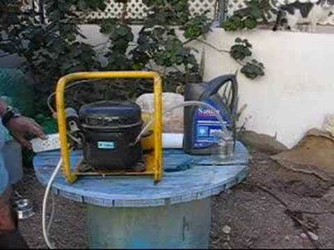 Oil-top-up on hermetic compressors