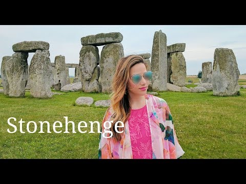 Stonehenge, Bath and Lackock: Day Trip From London