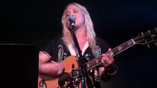 Catherine Britt - Sweet Emmylou