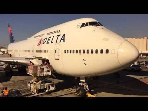 Hartsfield-Jackson Atlanta International Airport Spotting (Delta 747)