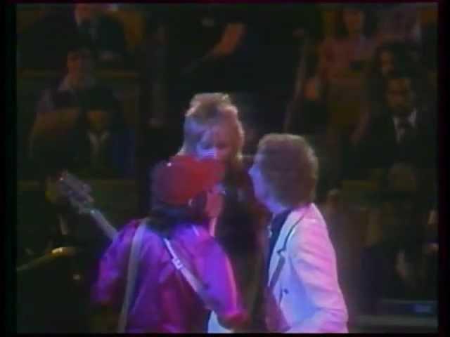 rod-stewart-da-ya-think-im-sexy-unicef-1979-hd-rod-stewart