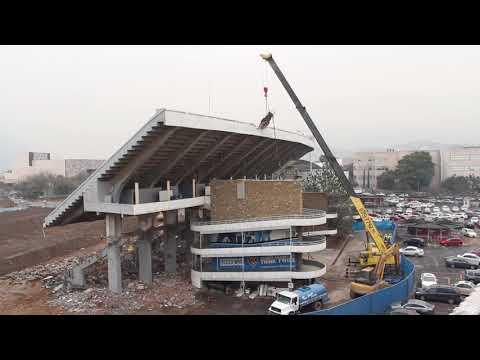 Última etapa de demolición del Estadio Tec