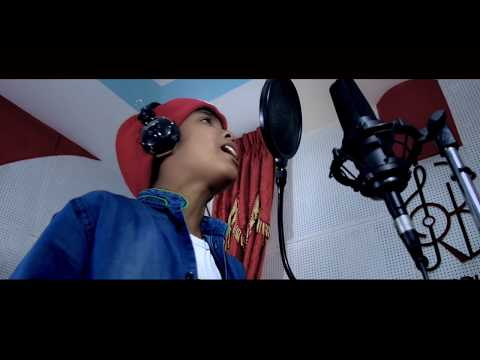 Selfie Hanaula Cover Song by Small  Nepalese Kids