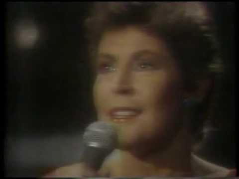 HELEN REDDY - YOU AND ME AGAINST THE WORLD - DICK CLARK, PAUL WILLIAMS