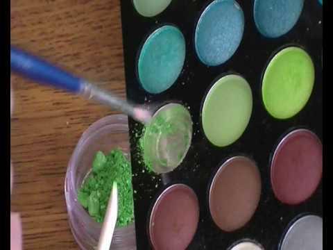 How to: Mend Broken Eyeshadow