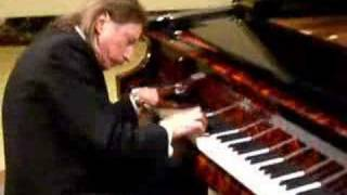 Baldwin Artist John Ripley playing the Flame Baldwin Piano for Piano Trends