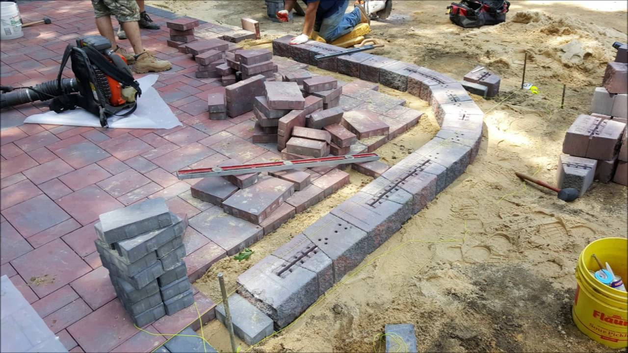 Cambridge Paver Patio And Sitting Wall Youtube