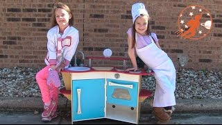 Melissa & Doug Corner Wooden Toy Kitchen Playset Unboxing + Ice Cream + Pizza Party Toy Food Cooking