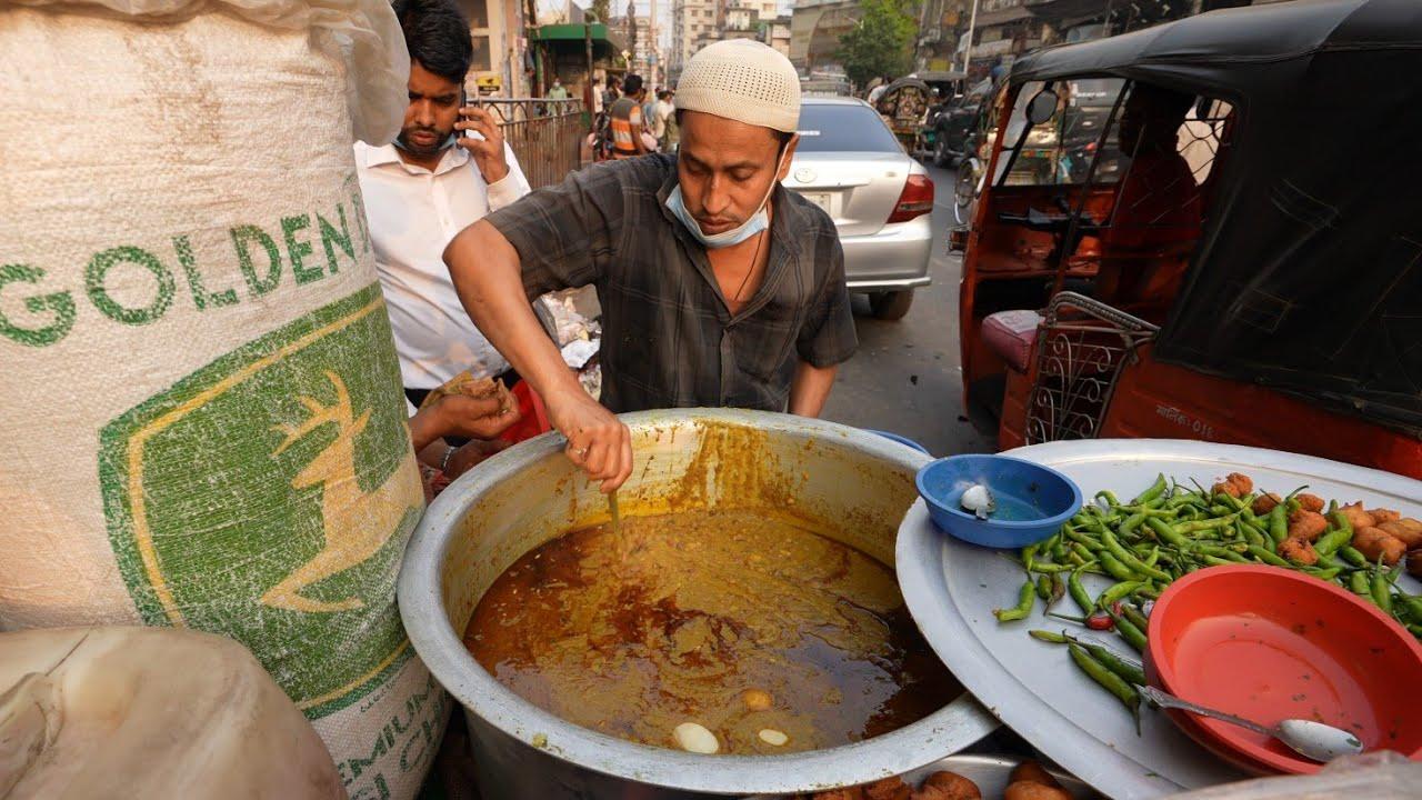 Mama's Famous Jhal Muri Making | Bangladesh Street Food