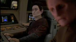 DS9 Weyoun eats pizza (Treachery, Faith, and the Great River)